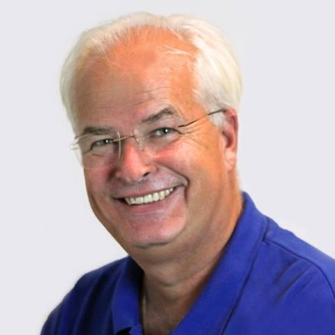 Tandarts Eric Aussems | implantaten en implantoloog met 20 jaar ervaring
